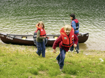 Canoeing activity in Lultzhausen