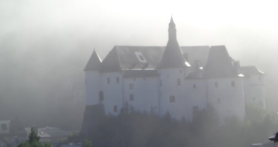 The castle of Clervaux houses an exhibition about the castles of Luxembourg, the museum of the Battle of the Bulge as well as the exhibition 'The Family of Man'. (Copyright: Walter Bircher / ADAC / ET / LFT)