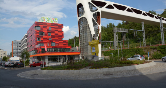 The youth hostel Esch-sur-Alzette was built in 2017, and is linked to the large recreational area of the city through a modern bridge.
